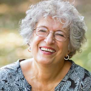 6 Ways Laughter Benefits Aging and Wellness